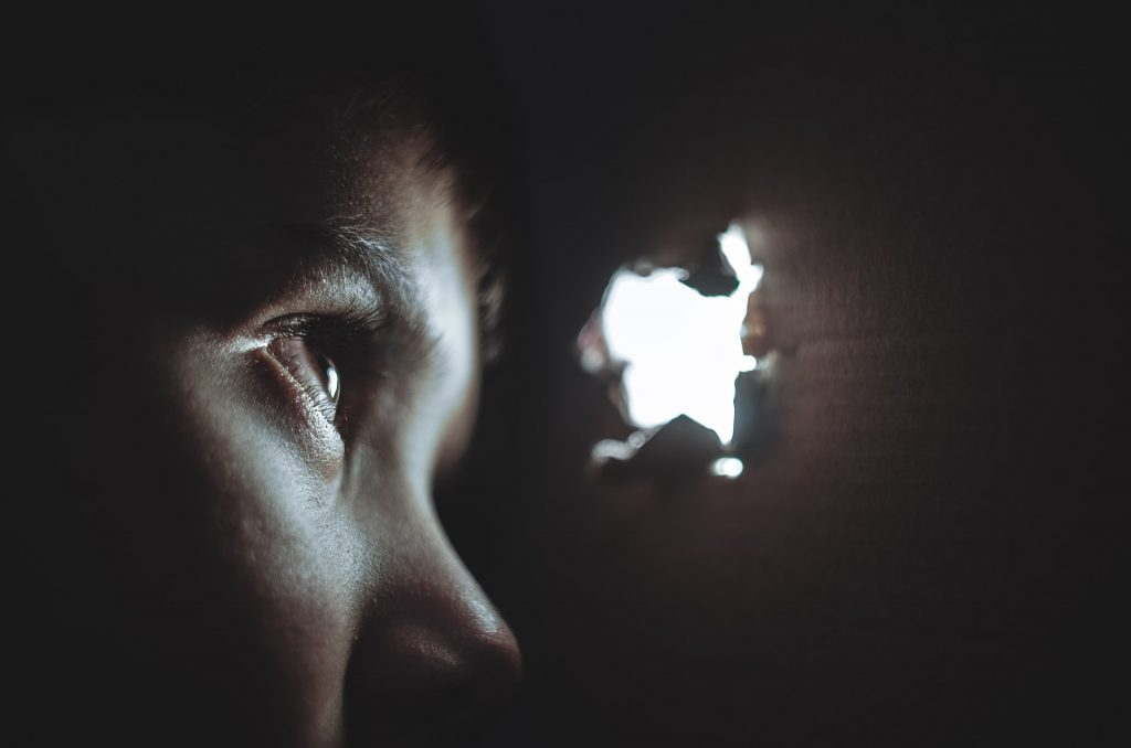 complicated grief and ptsd, 12 Silent Triggers of Complicated Grief and PTSD
